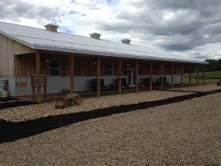 Heart Country Barn