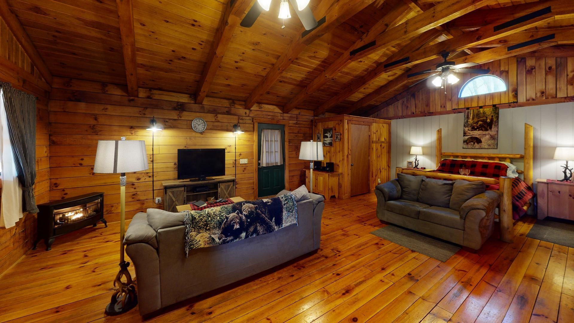 Heart of the Country Cabin & Lodge