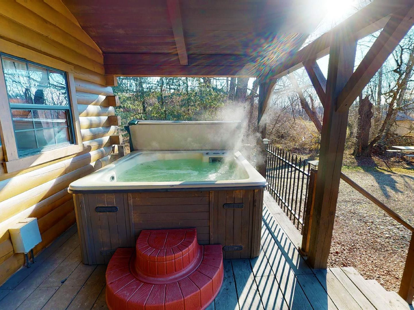 Heart of the Country Cabin Hot Tub